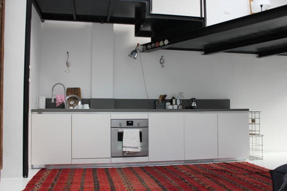 parete cucina moderna in fenix cm.300