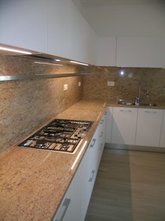 cucina moderna ernestomeda in laminato larice