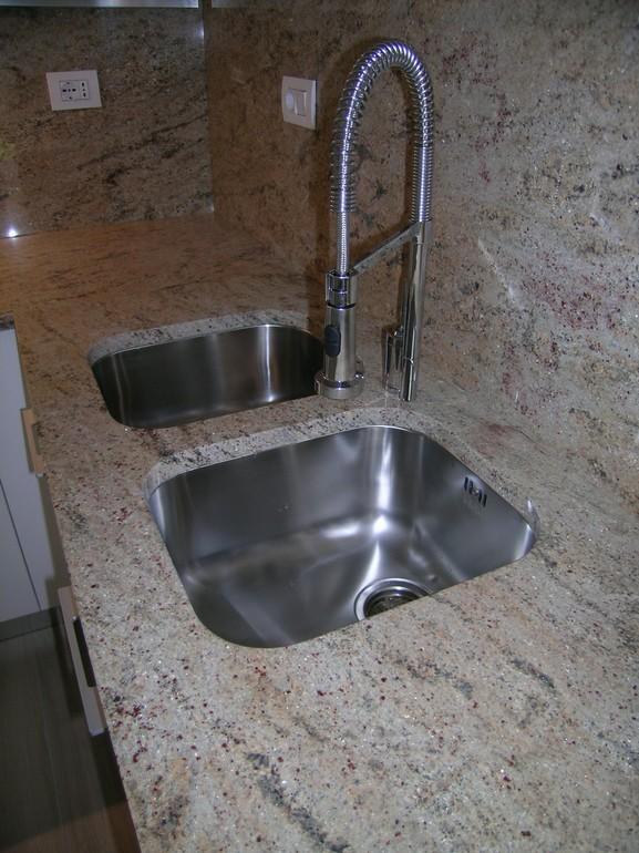 vasche lavello sottopiano con piano in granito
