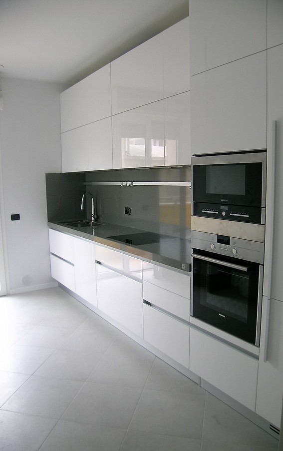 cucina bianco lucido