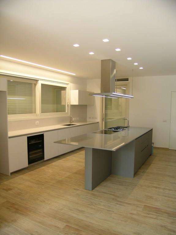 illuminazione cucina ernestomeda one 80 a milano